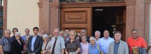Jean-Michel FETSCH, Maire de Lauterbourg, ses adjoints, et notre délégation, au pied de l'hôtel de ville.